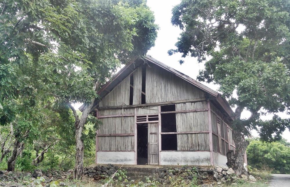 Gereja Kristen pertama di Rote