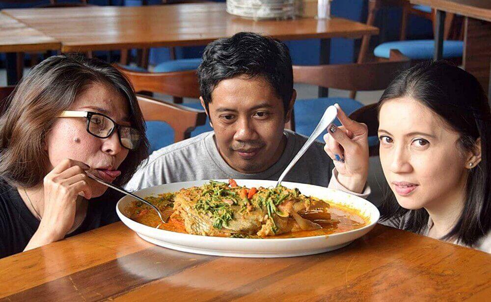 Pesisir Seafood