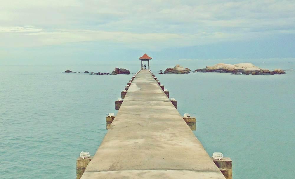 Pantai di Pulau Bangka