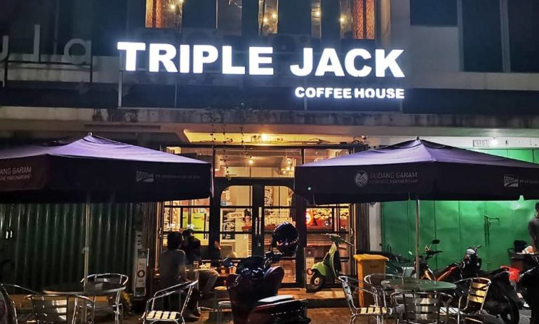 Tempat ngopi enak di Triple Jack Citra Raya